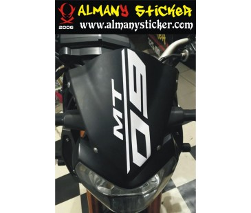Yamaha mt09 ön cam sticker